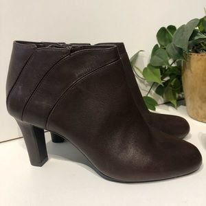 Alex Marie brown leather booties 5.5 heeled boots
